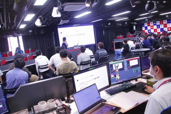 e-sportsワールド 産学連携プロジェクト特別授業に潜入。