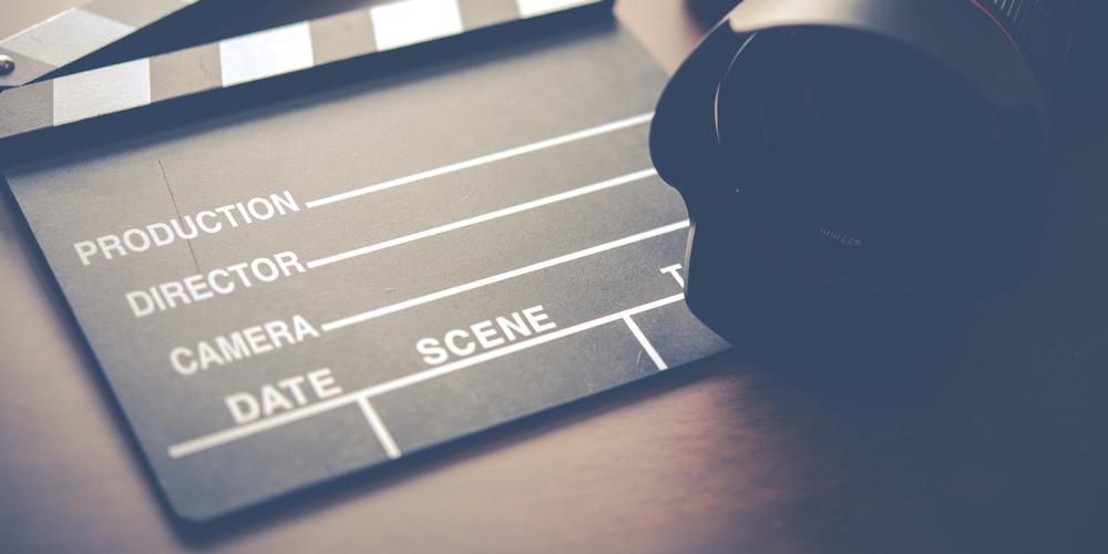 洋画や海外ドラマの吹き替えを担当する声優になるには?