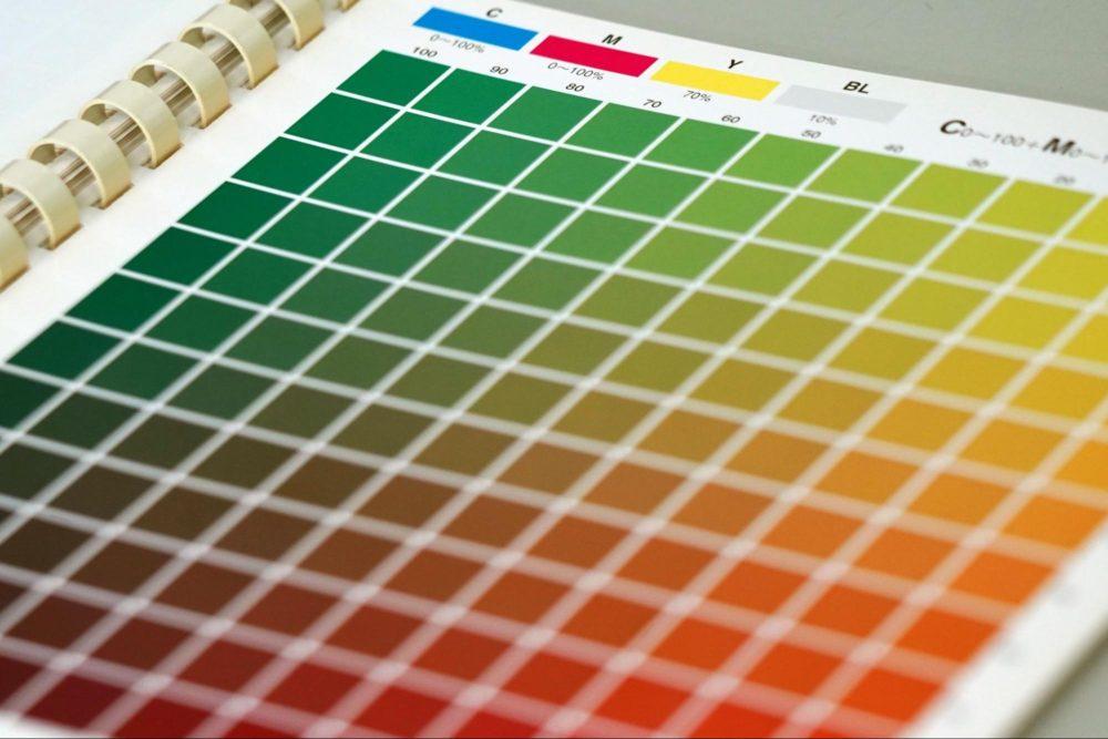 色彩設計を仕事にするには?アニメを彩る仕事内容・なり方を解説